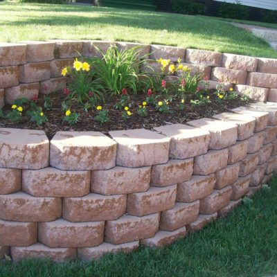 Retaining Wall & Flower Bed